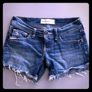Girls Abercrombie Cut Off Shorts Size 10